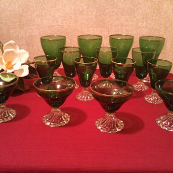 Anchor Hocking Forest Green Burple/Inspiration stem set! - Glassware