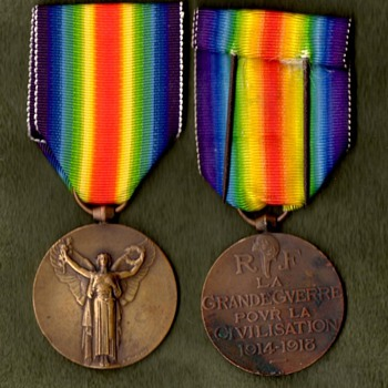 The WWI Victory Medal Series  France - Military and Wartime