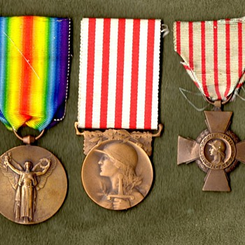 WWI French Victory Medal with Companions