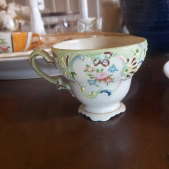 Merit tiny tea cup - China and Dinnerware