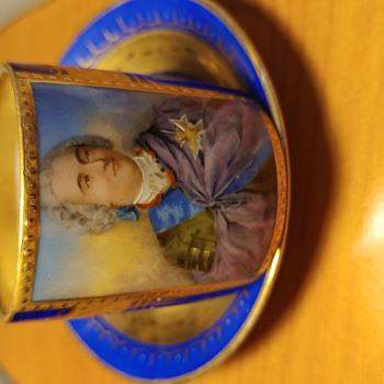 LouisXV Vienna porcelain cup