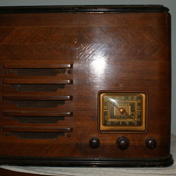 Crosley 33BG Home Recorder, Shortwave and Police radio