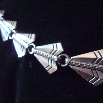 "Art Deco Sterling Silver ""Arrowhead"" Necklace - Art Deco"