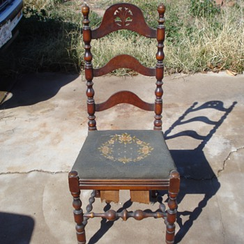 Grandma Olives chair - Furniture