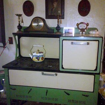Kalamazoo Stove Co Kerosene Stove/Oven
