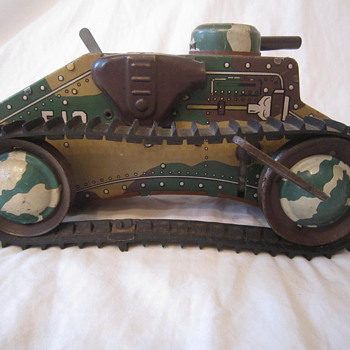 1950's Marx Tin Litho E-12 Toy Wind Up Tank