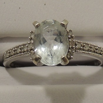 Looking for help with stone - Fine Jewelry
