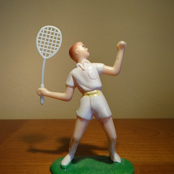 VINTAGE PLASTIC TENNIS FIGURINE  