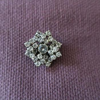 Star brooch - Costume Jewelry