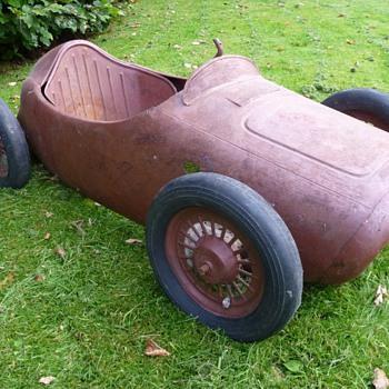 Morellet Guerineau Pedal Car