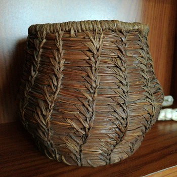 Pine needle basket - Native American