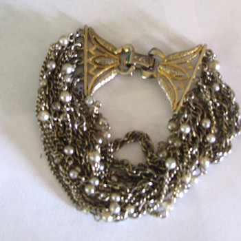 My mother's Coro Bracelet - Costume Jewelry