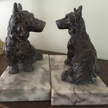 scottie dog book ends