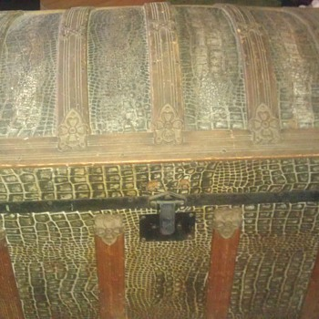 alligator skin hump dome top trunk.  - Furniture