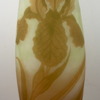 "Loetz Cameo Vase signed ""Richard et Cie"", PN II-8321, ca. 1920s - Art Glass"