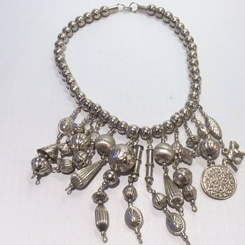 Unuasul necklace - Costume Jewelry
