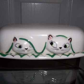 Holt Howard Pixieware Cat Butter Dish- 1950&#039;s