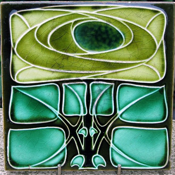 Henry Richards Co. Ltd. Art Nouveau Tile in Mackintosh Style