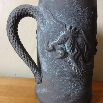 ?Basalt? dragon tankard - Asian