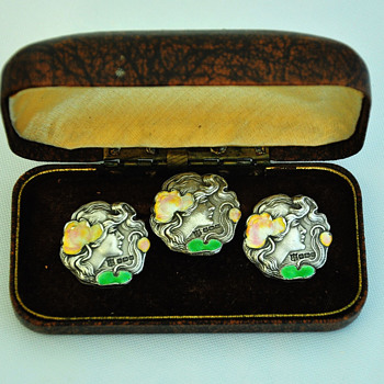 A set of three nice sterling silver enameled Art Nouveau buttons