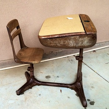 American seating desk