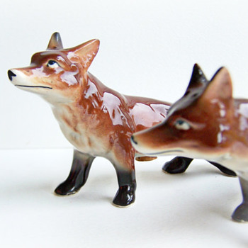 Relco Bone China Red Fox Shakers - Kitchen