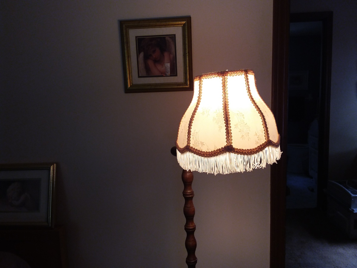 192039s or 3039s turned wood floor lamp with bridge arm and for 1920 s wood floor lamp