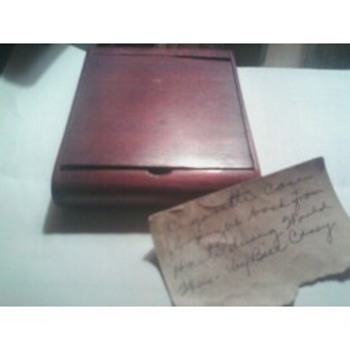Unknown cigarette case
