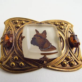 Dog Intaglio Brooch - Costume Jewelry