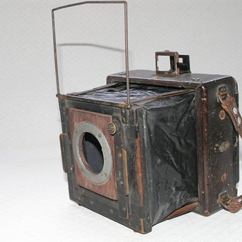 Thornton-Pickard All Weather Press Camera.
