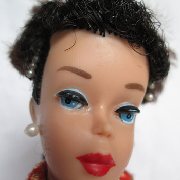 Unusual #5 jet black ponytail Barbie - Dolls