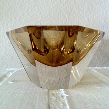 Unknown Faceted Cased Yellow Glass Bowl - Art Glass