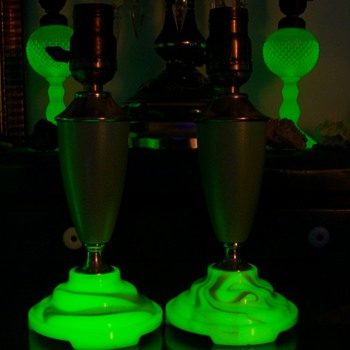 Houze Uranium Slag Glass Lamp Bases - Art Deco