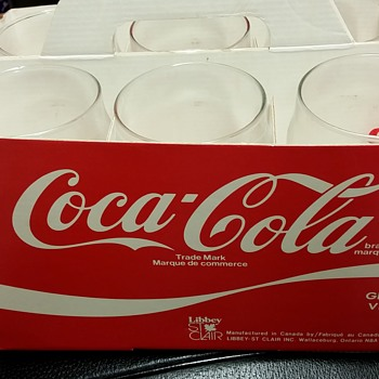 Coca cola paper 6 pack glass carrier