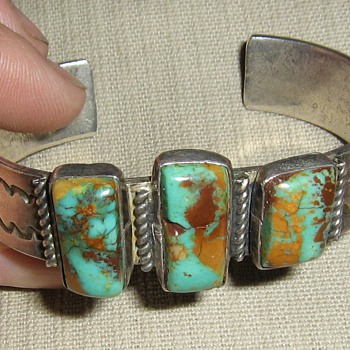King&#039;s Manassa Mine? Navajo bracelet - Native American