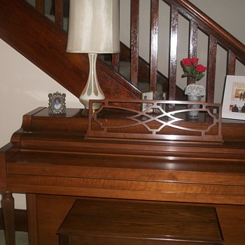 Everrtt Piano Mint condition - Music