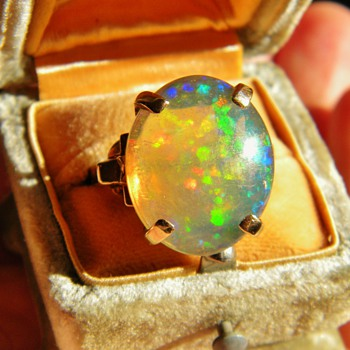 Vintage Deco Crystal Jelly Opal 10k Rose Gold Ring 21mm x 16mm