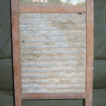 Neat old washboard - Kitchen