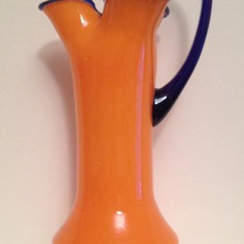 Kralik tango pinched jug / vase