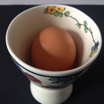 Royal Doulton Large Egg Cup? Clarice Cliff style? - China and Dinnerware