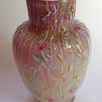 Victorian mauve - pink cased Peloton glass vase - Art Glass