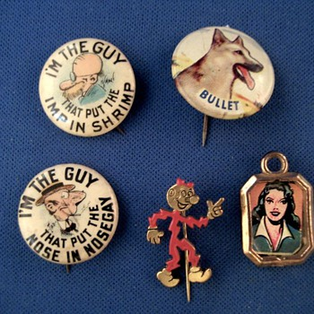 Pinback mixed batch - Medals Pins and Badges