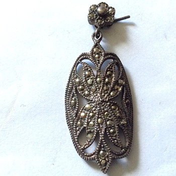 Single old earring - Fine Jewelry
