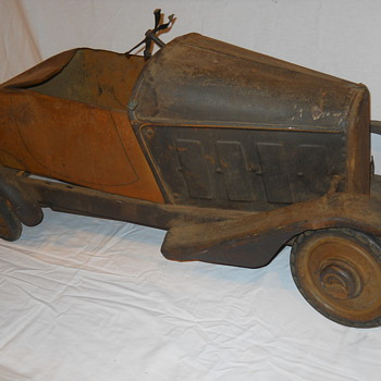 Please help identify this pedal car. - Model Cars