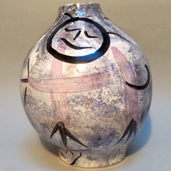 Modernist vase or just childrens schoolwork? - Art Pottery