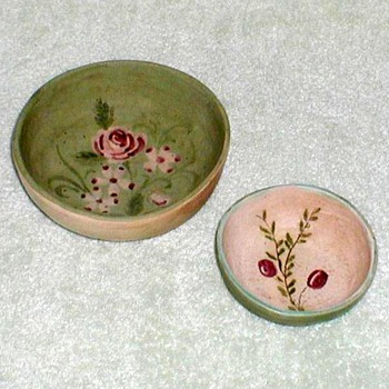 Plymouth Pottery Sparrow House Bowls - Art Pottery