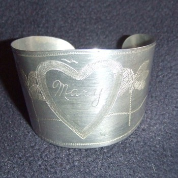 WW2 Trench Art cuff bracelet from Aircraft aluminum