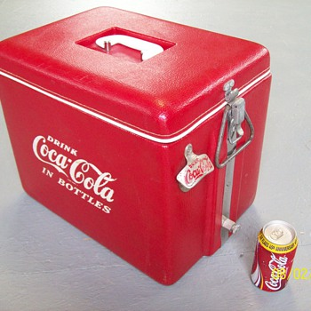 Like new Coca-Cola cooler circa 1950'-1960's - Coca-Cola