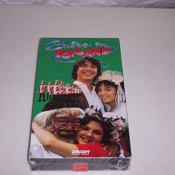 VHS KEANU REEVES, DREW BARRYMORE, BABES IN TOYLAND, 1984