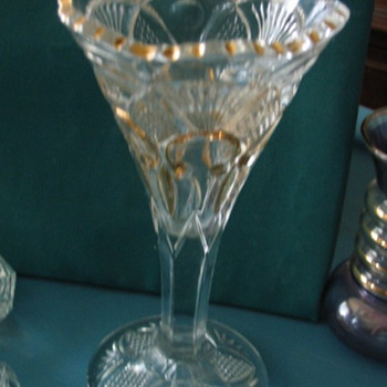 ID Needed.. Glass wine, vase gold fleur de lis, sawtooth, pineapple fan heavy